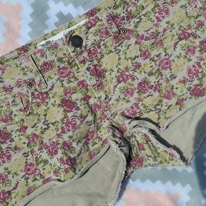Free Style Revolution Floral Shorts